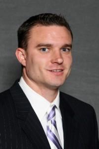 Baskebtall Coach Pat Monaghan